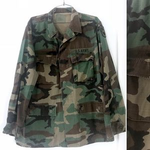 Vintage Army camouflage fatigues utility jacket